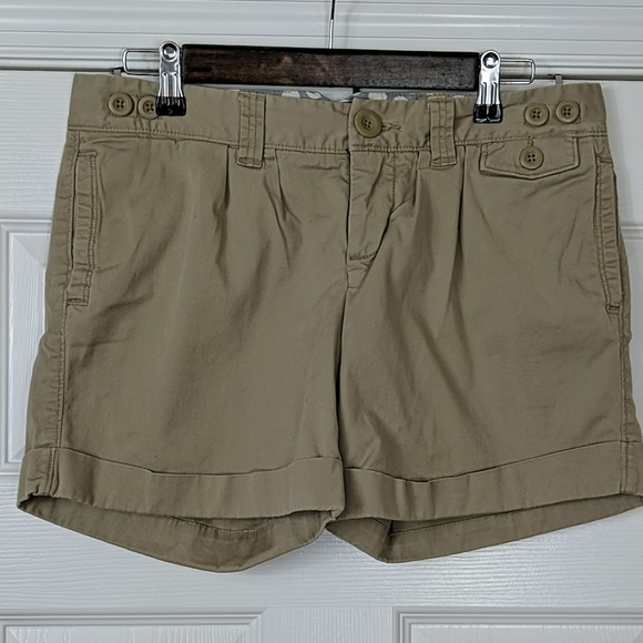 American Eagle Outfitters Pants - American Eagle Pleated Cuffed Chino Shorts